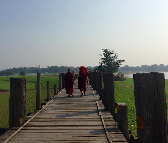 MYANMAR – MANDALAY